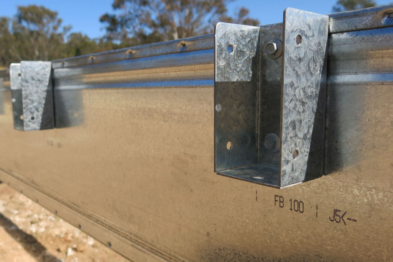 A Boxspan Smart Bearer steel beam with brackets attached. SB100-16 SB150-16 SB200-20 SB250-50