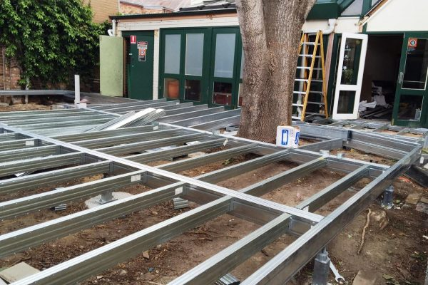 Boxspan commercial deck with high kPa load capacity for pub outdoor dining area