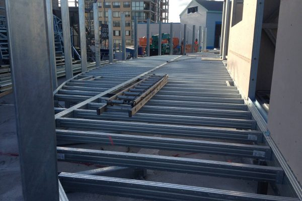 Commercial deck with higher kPa loading at restaurant dining area