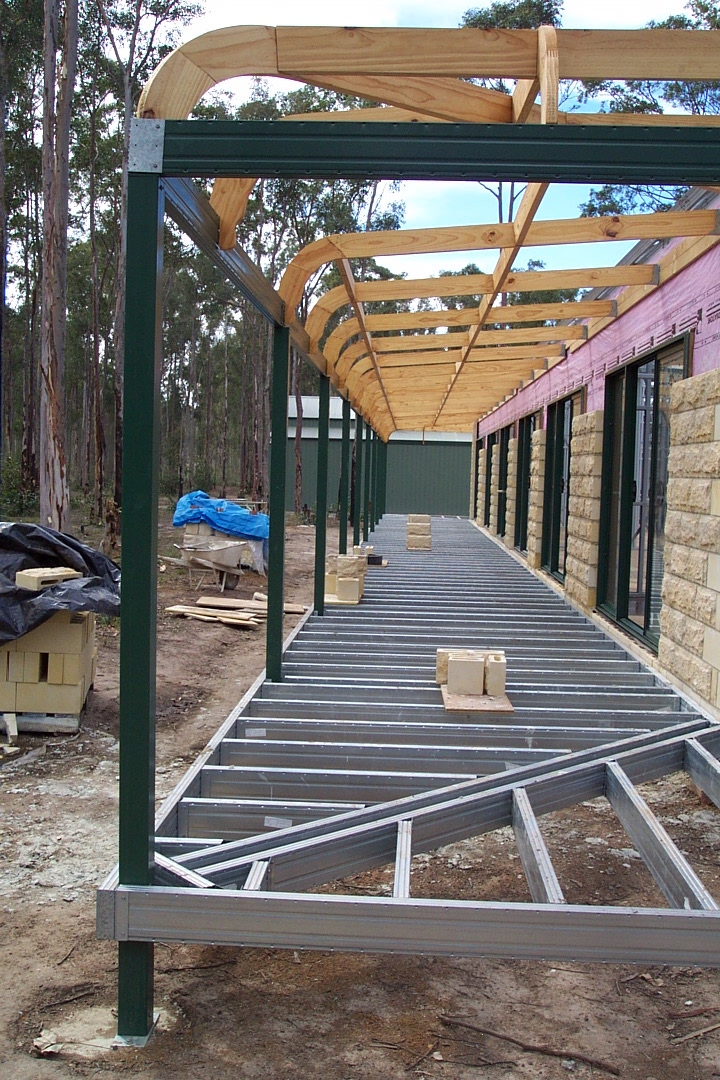 Wrap around verandah with external mitered corners and bullnose verandah over