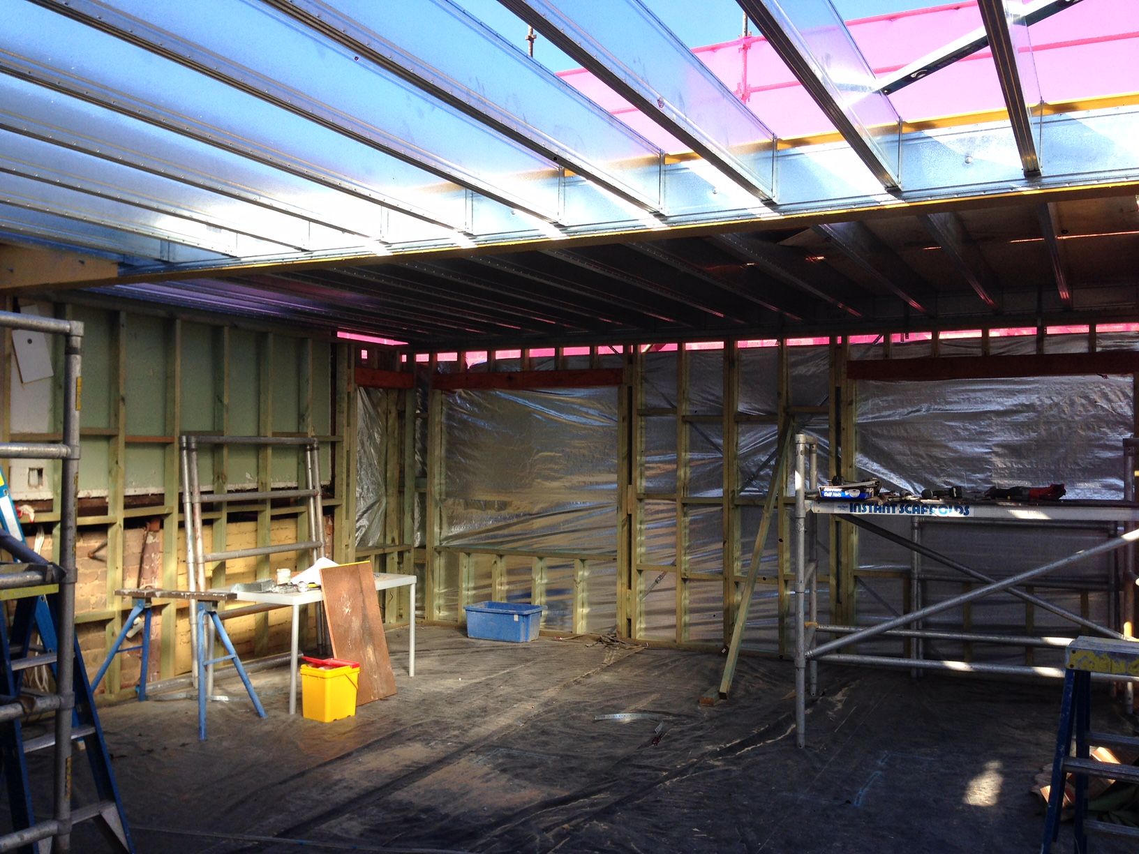 Boxspan upper floor frame