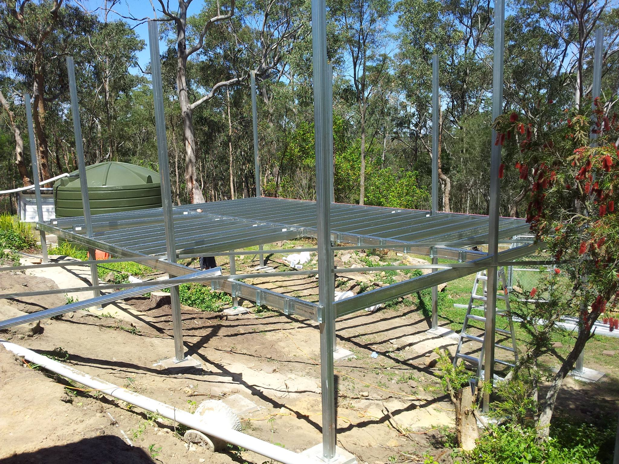 Boxspan deck from with posts to roof height