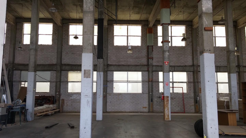 mezz floor in factory