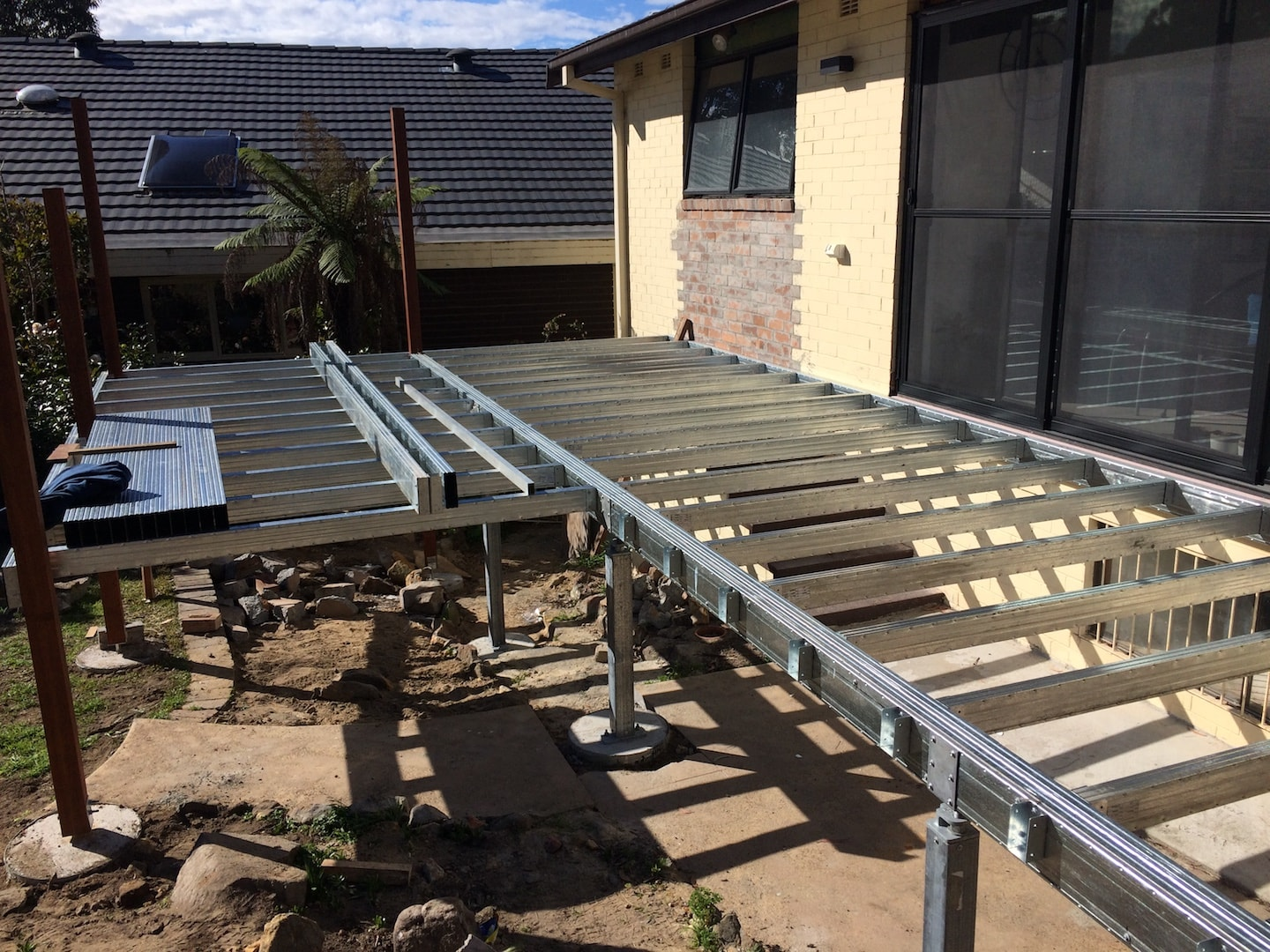 deck bearers laid out ready to install boxspan deck joists